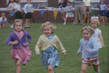 play video for L.C.C. - Brandon Estate Housing Site; Sports Day 1962; The Baby Show; Cine Club Outing, Stratford on Avon 1962
