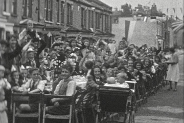 play video for VE Day Street Party in Ridsdale Road, Anerley SE20