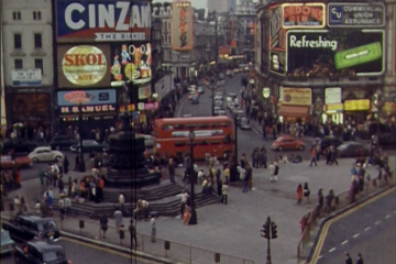 play video for Piccadilly Circus Time-lapse